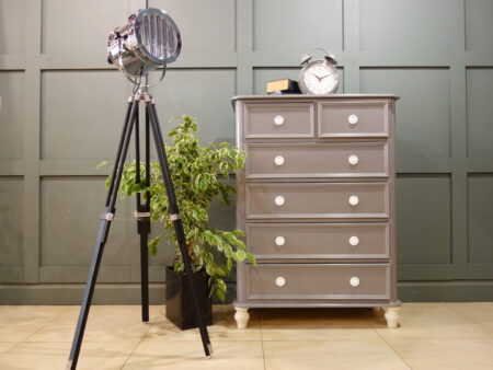 Chest of Drawers & Vanity Dressing Tables